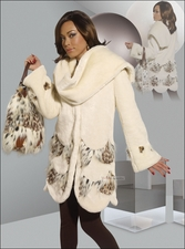 Feel Like A Snow Queen in This Ivory Faux Fur Set by Donna 14154