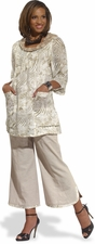 Ladies Exclusive Linen Cropped Pant Set in Off-White by Donna 14175