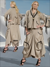 Unique Ladies Fashion Novelty Linen Set in Khaki and Black by Donna 14120