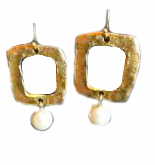 18K Gold Plated Pearl in Square Earrings
