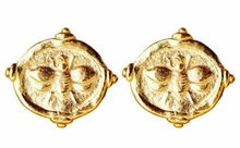 18K Gold Plated Women's Intaglio Bee Post Earrings sold out