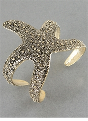 Antique Gold Tone Star Fish Cuff Bracelet