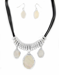 Mother of Pearl Silver Pendant Necklace and Earring SET