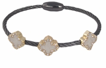 Women 's Crystal Clover Wire Bangle