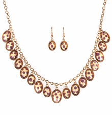 Women's Jewely Sets : Cabachon Tortoise Necklace and Earring Set