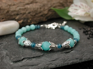 Moon Flower Bracelet with Amazonite & Apatite