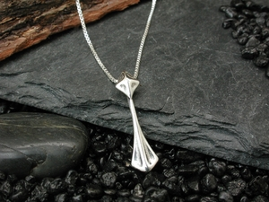 Pyramid Droplet Pendant Necklace