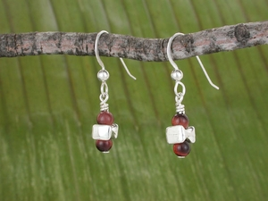 Vertebra Earrings<BR>with Red Tiger Eye