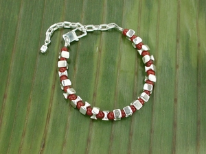 Vertebrae Bracelet with Carnelian