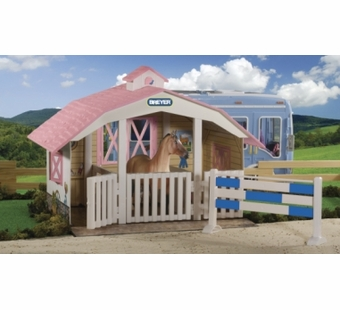 Breyer <br />Classic 3 Horse Stable #688