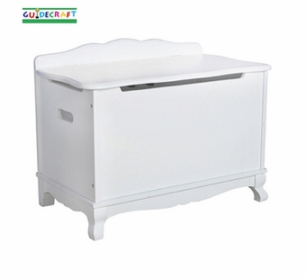 Guidecraft <br />Classic White Children's Toy Box