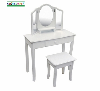 Guidecraft <br />Classic White Children's Vanity & Stool