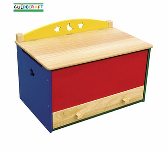 Guidecraft <br />Moon & Stars Children's Toy Box