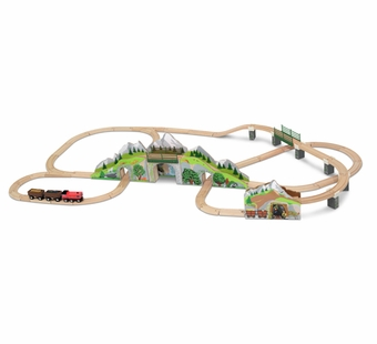 Melissa & Doug <br />Wooden Mountain Bridge & Tunnel Train Set