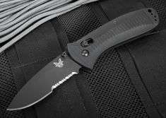 Benchmade 520SBK Presidio AXIS Lock - Black Blade with Serrations