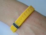 LIVESTRONG Series FIGHT Slim Badge