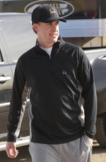 Cinch Mens Long Sleeve Zip Pullover - Black