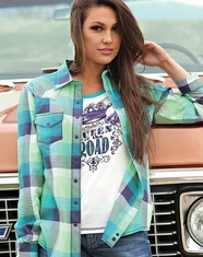 Cruel Women's Long Sleeve Arena Fit Plaid Snap Shirt - Purple
