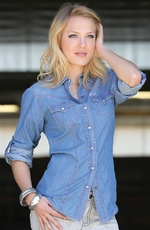 Cruel Womens Long Sleeve Chambray Snap Western Shirt