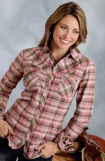 Roper Womens Long Sleeve Plaid Snap Western Shirt - Pink/Camo
