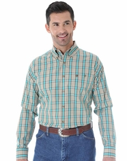 Wrangler Men's Long Sleeve Classic Plaid Button Down Shirt - Khaki/Green