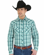 Wrangler Men's Plaid Snap Shirt - Green (Closeout)