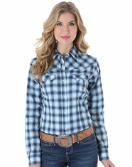 Wrangler Women's Long Sleeve Plaid Snap Shirt - Blue