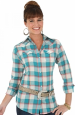Wrangler Womens Long Sleeve Plaid Snap Western Shirt - Jade/Pink
