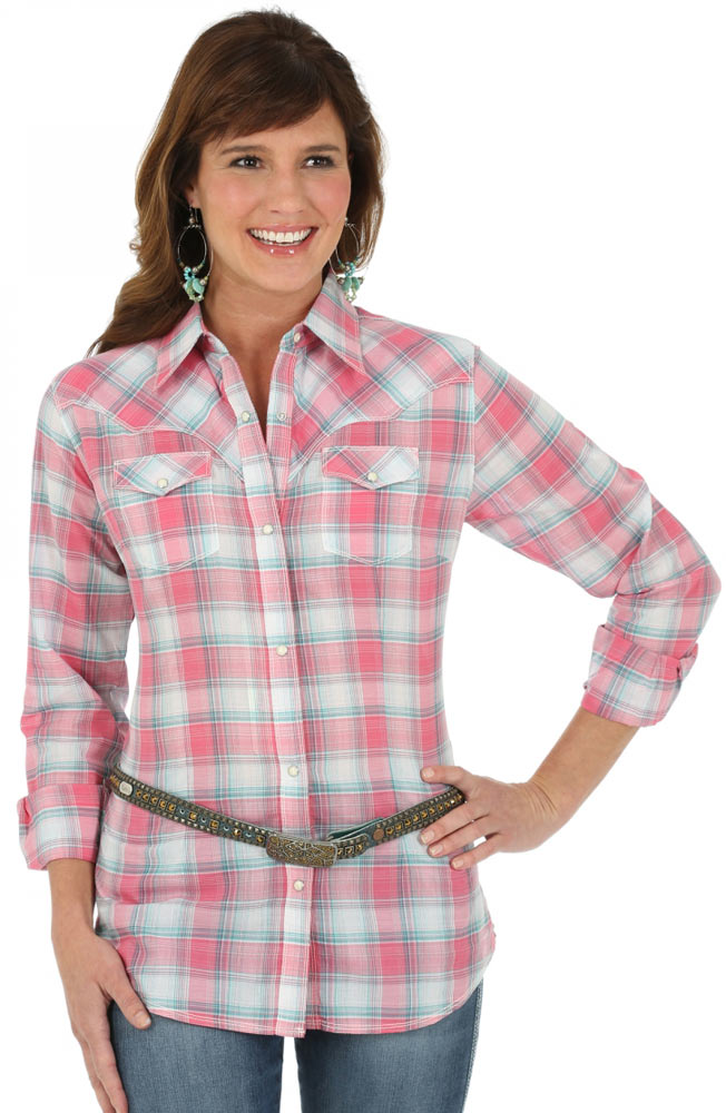 Wrangler Womens Long Sleeve Premium Plaid Snap Western Shirt - Pink (Closeout)