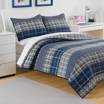 Izod-Rivera Plaid Quilt