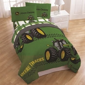 "John Deere ""Deere Tracks"" Bedding"