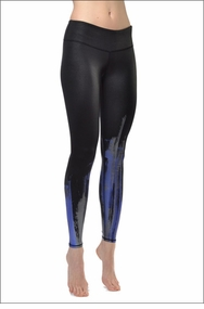 Air Brush Legging (Black Glossy / Deep Electric Blue) by Alo Yoga