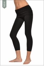 Hardtail Scrunch Waist Capri (Black)