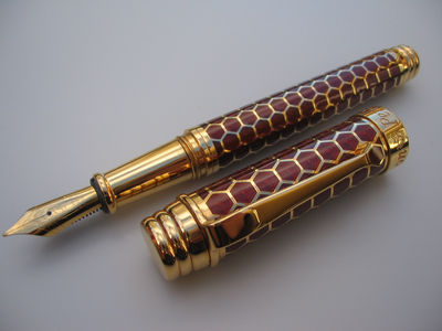 MacKinnon Honeycomb Pen - Click to enlarge