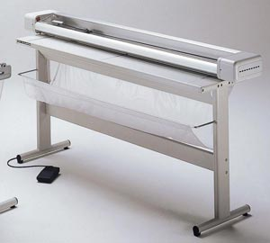 """Neolt Electric Trimmer 79"""" with Stand"""