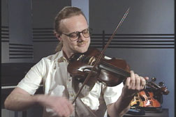 Playing the Violin Video (DVD)