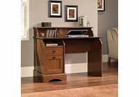 Sauder GRAHAM HILL DESK AUM