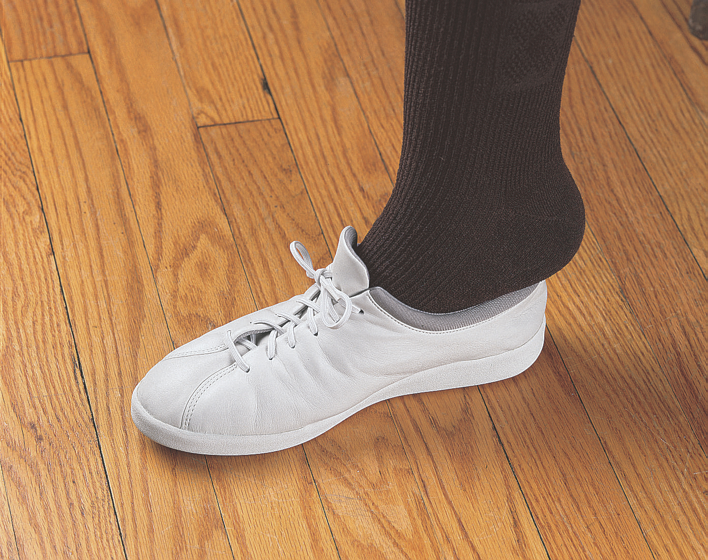 white elastic shoe laces slip shoes on without untying