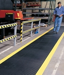 #737 Diamond Plate Runners