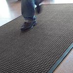 Guzzler 166 Rubber Backed Entrance Mat