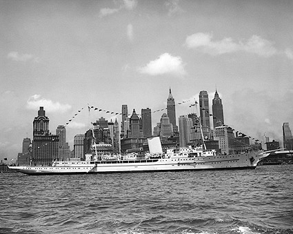 Adolph Hitler Personal Yacht Grille in NYC Photo Print