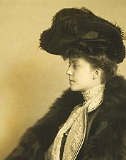Portrait of Alice Roosevelt Longworth 1902 Photo Print for Sale