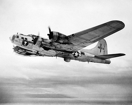 B-17 / B-17F Flying Fortress Bomber WWII Photo Print
