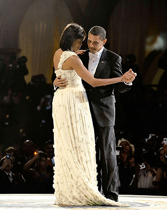 Barack and Michelle Obama Dance at Inaugural Ball 2009 Photo Print