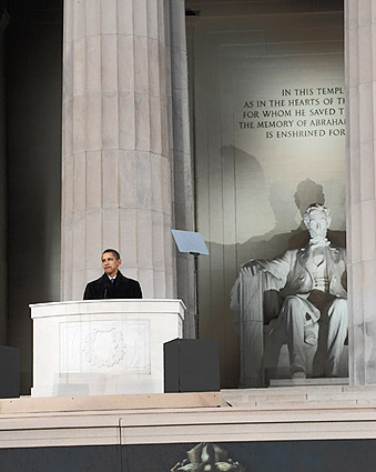Barack Obama Speaks at Lincoln Memorial 2009 Photo Print