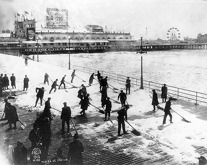 Boardwalk & Beach Snow, Atlantic City 1915 Photo Print