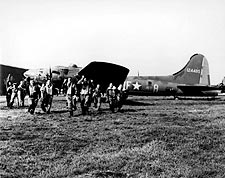 Boeing B-17 Memphis Belle Crew 25th Mission Photo Print for Sale