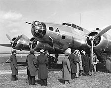 Boeing YB-17 / B-17 Franklin Roosevelt Photo Print for Sale