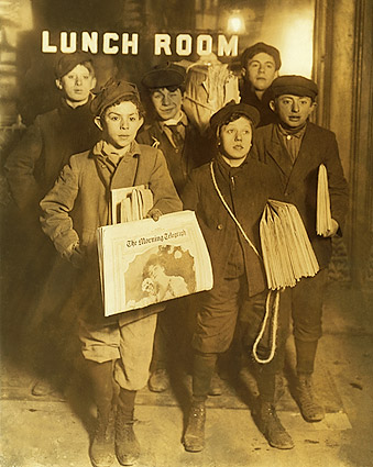 Brooklyn Bridge Newsboys, Lewis Hine 1908 Photo Print