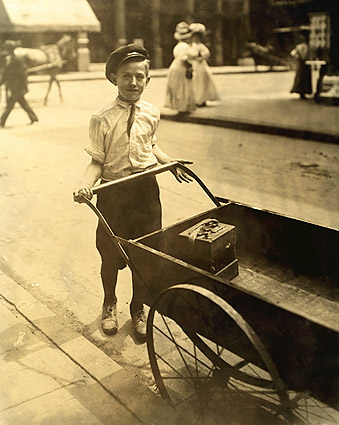 Child Labor Lewis Hine Cincinnati, Ohio Photo Print